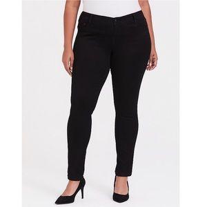 Torrid Luxe Skinny Jean Black Luxe Stretch Sz 18S